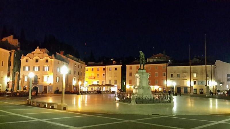 Площадь Тартини в Пиране