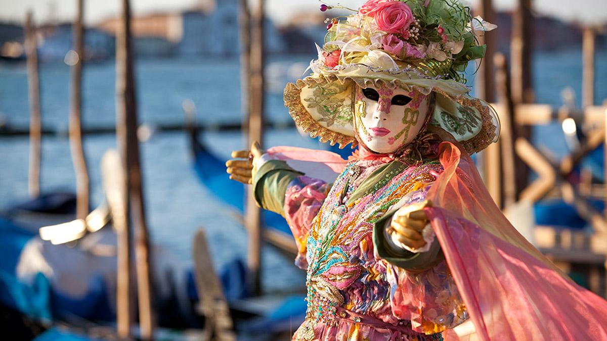 Яхт тур Венецианский карнавал