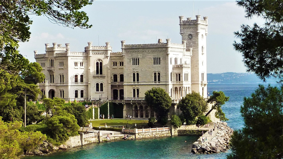 Мирамаре. Яхт-тур Венецианская прогулка