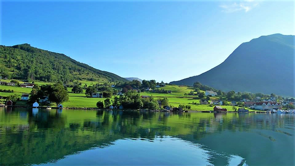 Долины фиорда Хардангер. Норвегия