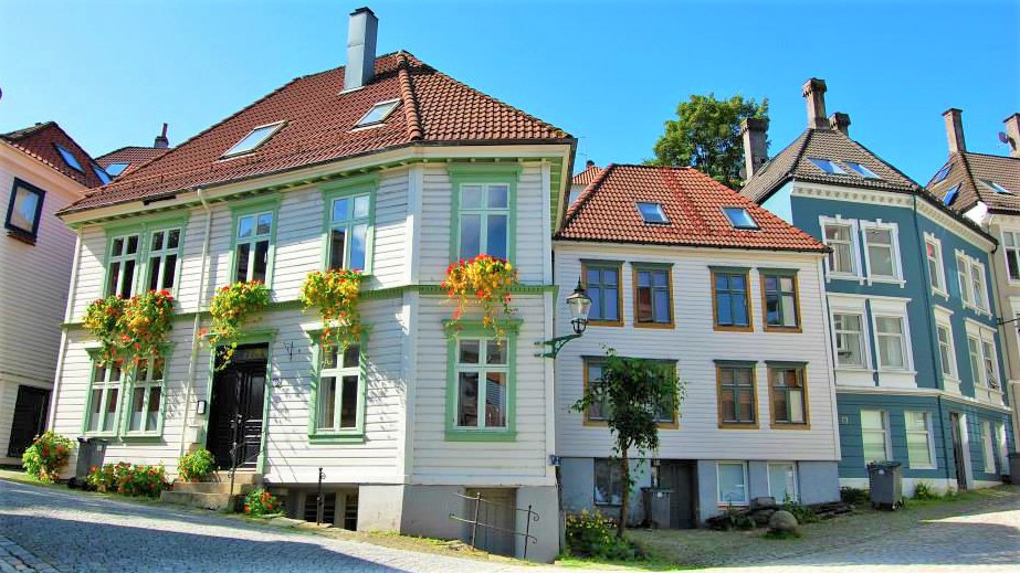 Цветущий город Берген. Норвегия