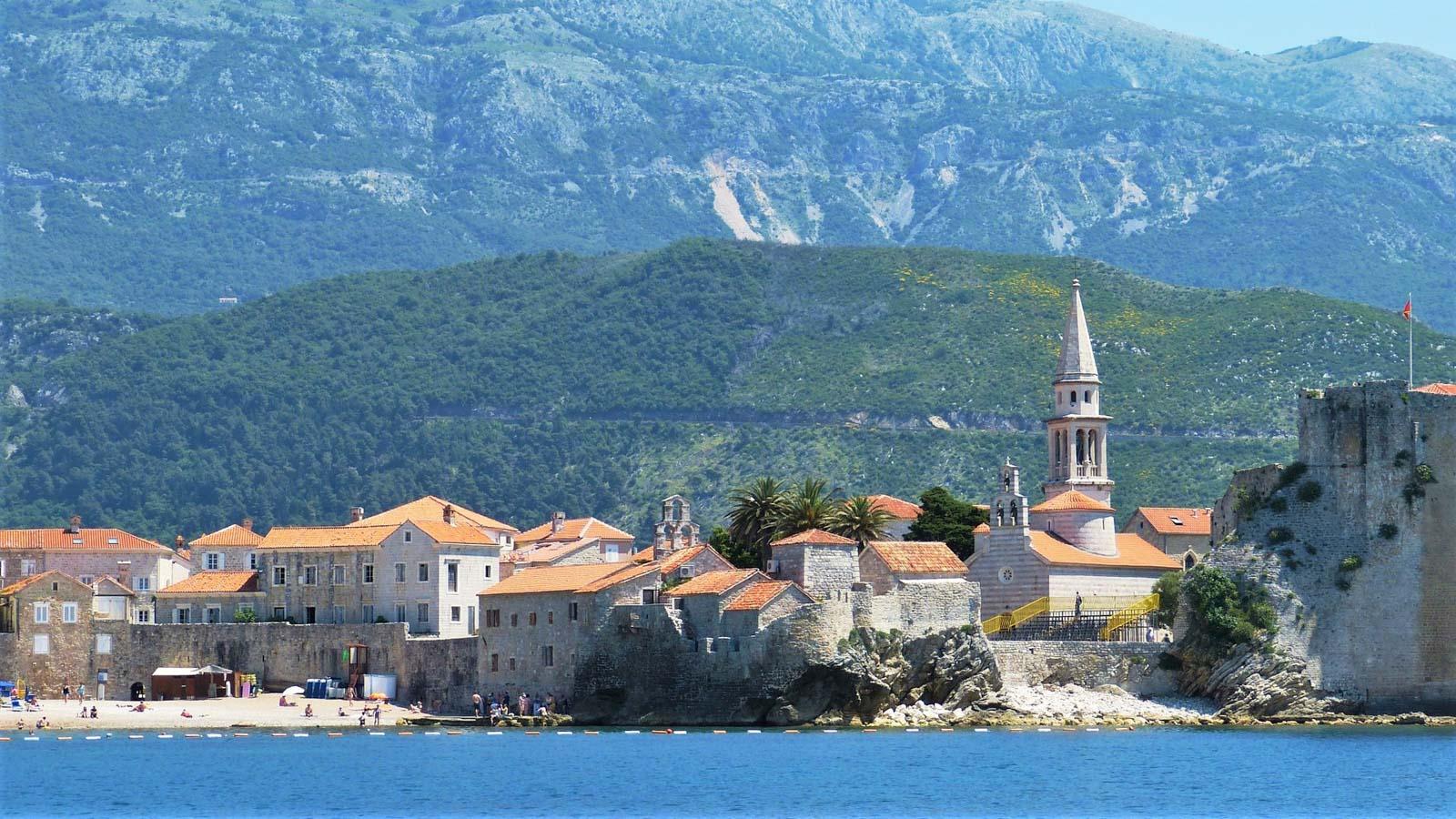Яхтинг в Черногории. Будва